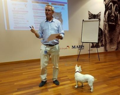 로얄캐닌 kennel 은퇴 후, 직원분의 반려견이 된 강아지와 함께한 강의
