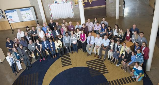 지난해 9월 MPVM 50주년을 기념하여 전세계 다양한 분야에서 활동하고 있는 졸업자들이 모였다.