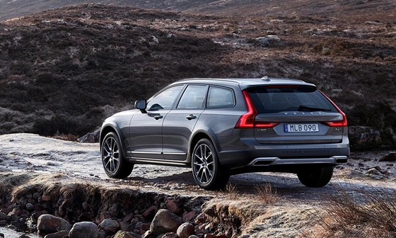 volvo cross country1