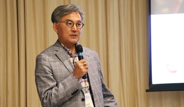 APVS 2019 조직위 학술위원장을 맡은 류영수 건국대 교수