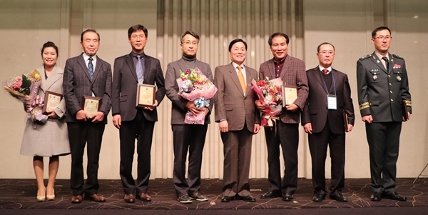 2019 대한수의사회 우수회원상 수상자들