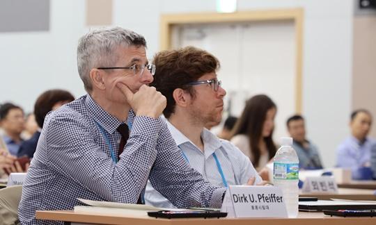 더크 파이퍼(Dirk U. Pfeiffer) 홍콩시립대 수의과대학 석좌교수